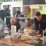 Jury Heel Hoogkerk bakt Wijkrestaurant Gabriël